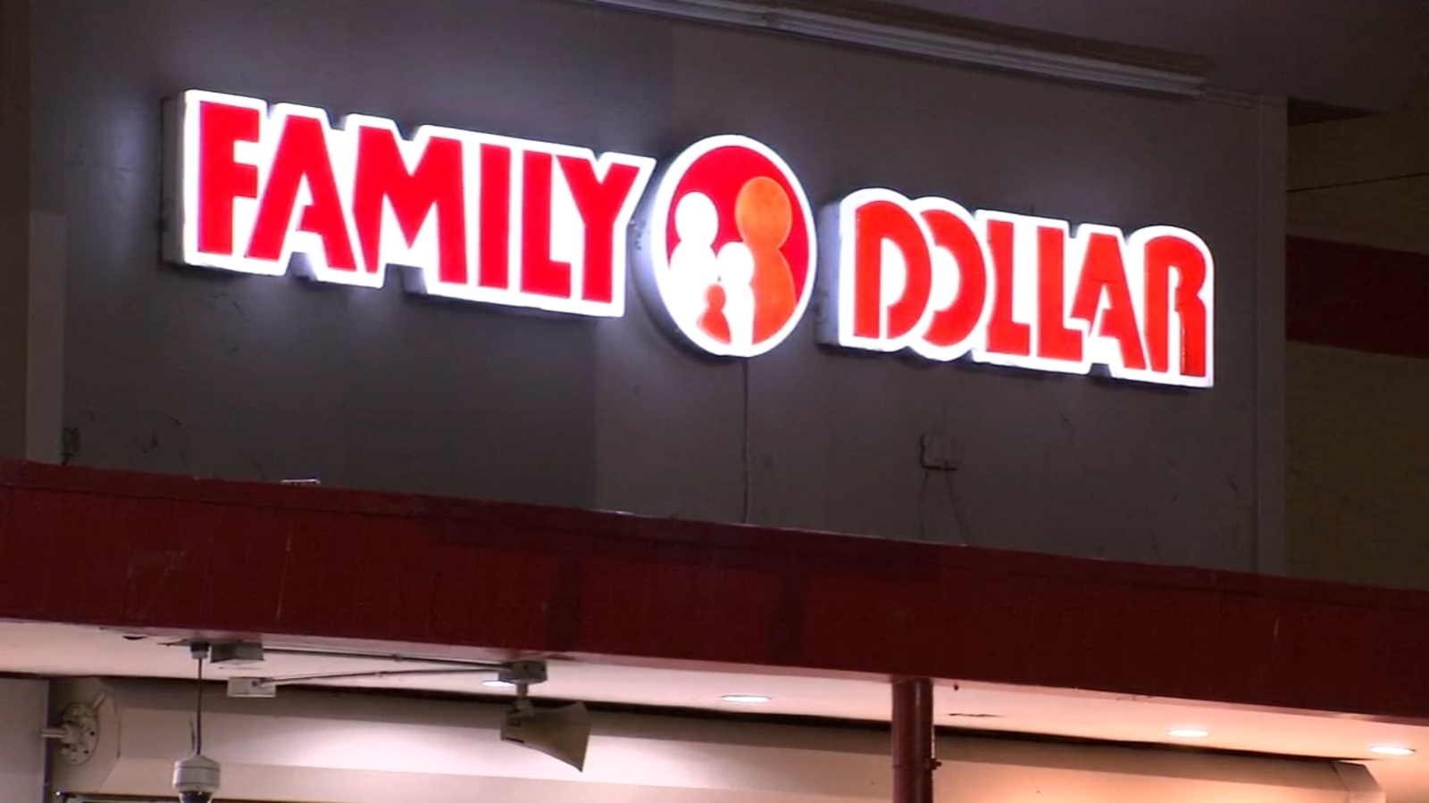 Man stabbed multiple times outside Family Dollar store in Port Richmond