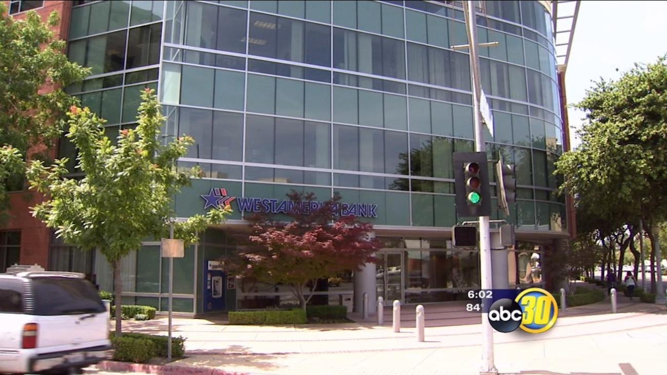 Suspect sought in Fresno Westamerica Bank robbery