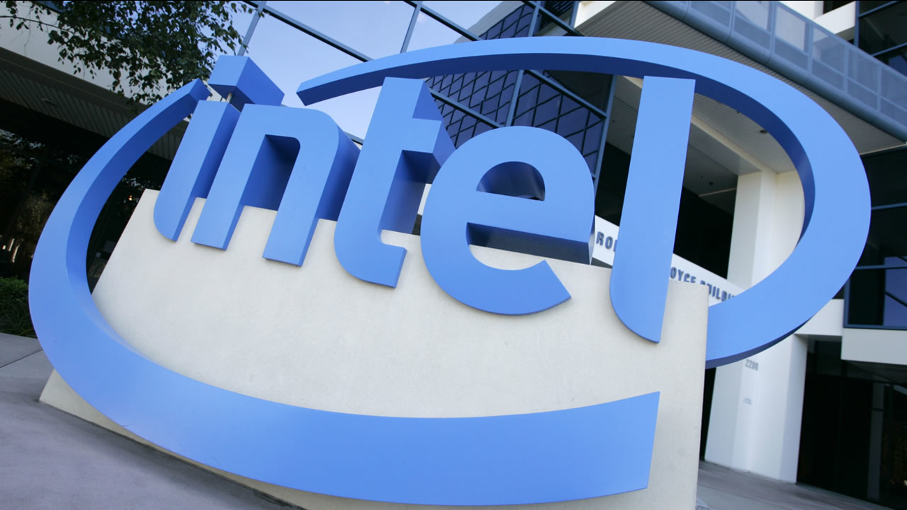 ** FILE ** The Intel logo is seen outside their Robert N. Noyce building in Santa Clara, Calif. in this July 16, 2007 file photo. (AP Photo/Eric Risberg)