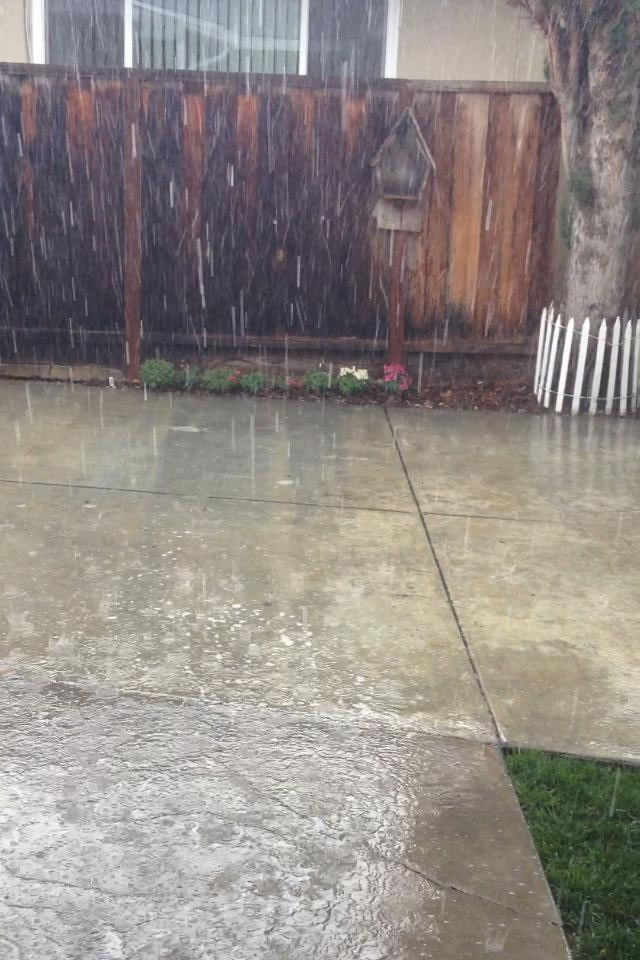 """<div class=""""meta image-caption""""><div class=""""origin-logo origin-image none""""><span>none</span></div><span class=""""caption-text"""">Hail and rain poured down in Santa Clara, Calif. on May 14, 2015. (Photo submitted by Lauren W./Facebook)</span></div>"""