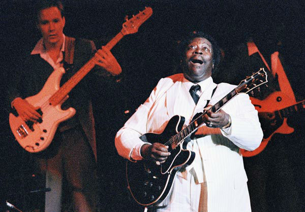 """<div class=""""meta image-caption""""><div class=""""origin-logo origin-image none""""><span>none</span></div><span class=""""caption-text"""">Jazz guitarist B.B. King performs before an enthusiastic audience, Friday, June 28, 1986 at Avery Fisher Hall in New York. (AP Photo/ Rick Maiman)</span></div>"""