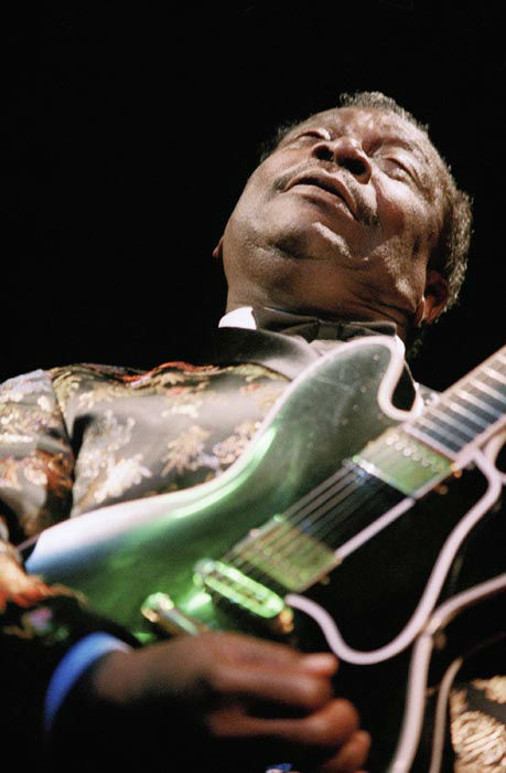 """<div class=""""meta image-caption""""><div class=""""origin-logo origin-image none""""><span>none</span></div><span class=""""caption-text"""">Blue great B.B. King plays his guitar ''Lucille'' at a special performance at the opening of his new club, B.B. King's Blues Club, in Los Angeles, Tuesday, Sept. 20, 1994. (AP Photo/ Tara Farrell)</span></div>"""