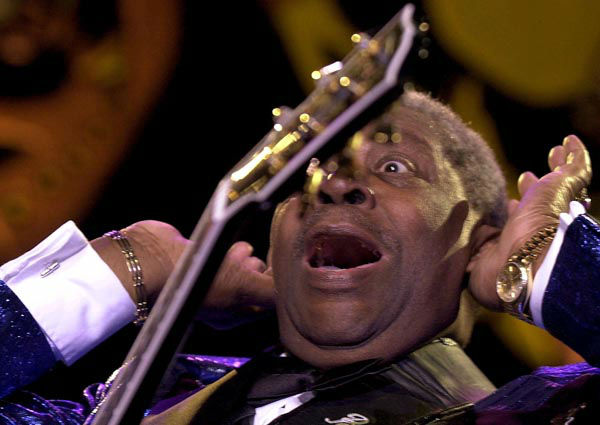 """<div class=""""meta image-caption""""><div class=""""origin-logo origin-image none""""><span>none</span></div><span class=""""caption-text"""">US. Jazz guitarist B.B. King sings during his performance on stage in the Stravinski hall during the 34th Montreux Jazz Festival in Montreux, Switzerland (AP Photo/ MARTIAL TREZZINI)</span></div>"""
