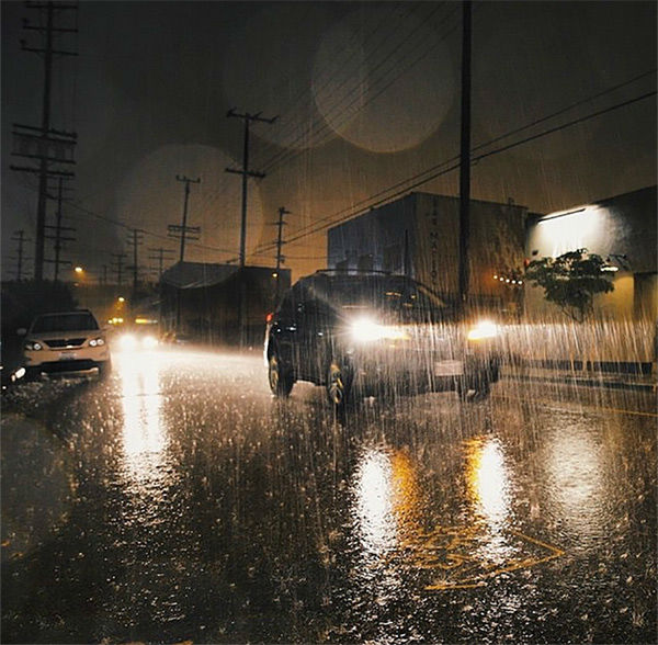 """<div class=""""meta image-caption""""><div class=""""origin-logo origin-image none""""><span>none</span></div><span class=""""caption-text"""">ABC7 viewer @popscure shared this photo on Instagram of heavy rain coming down Thursday night in Los Angeles. (KABC Photo/ @popscure)</span></div>"""