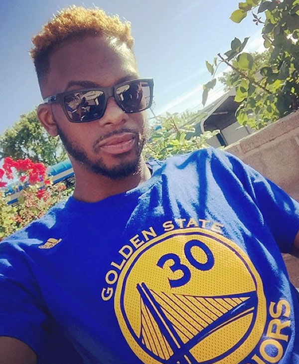 <div class='meta'><div class='origin-logo' data-origin='none'></div><span class='caption-text' data-credit='Photo submitted by iprincejr23 via Instagram'>This Warriors fan shows off his team spirit! Tag your photos on Facebook, Twitter, Google Plus, or Instagram using #DubsOn7!</span></div>