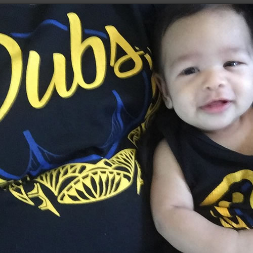 <div class='meta'><div class='origin-logo' data-origin='none'></div><span class='caption-text' data-credit='Photo submitted by patiet via Instagram'>This little guy is geared up for Game 6 of the Western Conference Finals! Tag your photos on Facebook, Twitter, Google Plus, or Instagram using #DubsOn7!</span></div>