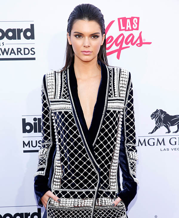 "<div class=""meta image-caption""><div class=""origin-logo origin-image ap""><span>AP</span></div><span class=""caption-text"">Kendall Jenner arrives at the Billboard Music Awards at the MGM Grand Garden Arena on Sunday, May 17, 2015, in Las Vegas. (AP)</span></div>"
