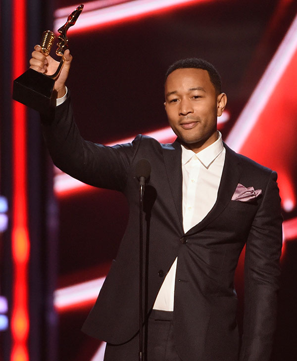"""<div class=""""meta image-caption""""><div class=""""origin-logo origin-image ap""""><span>AP</span></div><span class=""""caption-text"""">John Legend accepts the award for top radio song for """"All of Me"""" at the Billboard Music Awards at the MGM Grand Garden Arena on Sunday, May 17, 2015, in Las Vegas. (AP)</span></div>"""