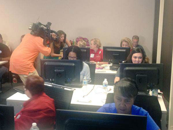 """<div class=""""meta image-caption""""><div class=""""origin-logo origin-image none""""><span>none</span></div><span class=""""caption-text"""">During the ABC-13 live chat with Houston college officials (KTRK Photo)</span></div>"""