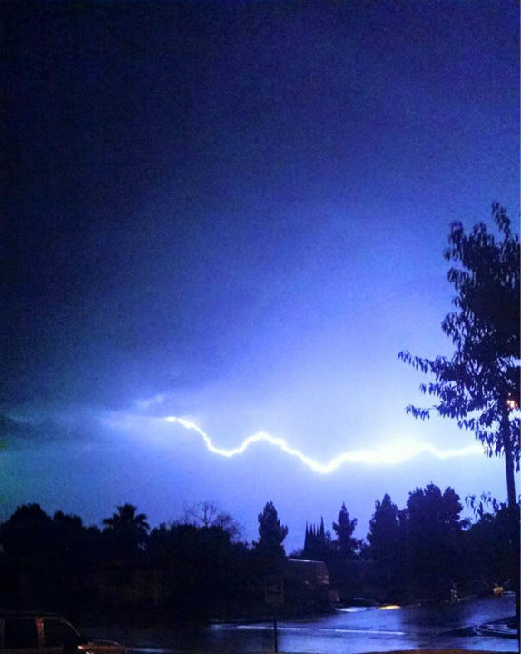 "<div class=""meta image-caption""><div class=""origin-logo origin-image none""><span>none</span></div><span class=""caption-text"">Thunderstorm rolls through Kings County on Sunday night. (KFSN Photo/ #abc30insider)</span></div>"