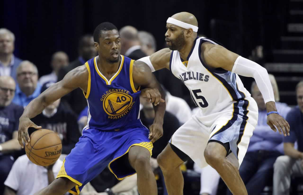 """<div class=""""meta image-caption""""><div class=""""origin-logo origin-image none""""><span>none</span></div><span class=""""caption-text"""">Memphis guard Vince Carter defends Warriors forward Harrison Barnes in Game 6 of the Western Conference Semifinals on Friday, May 15, 2015 in Memphis, Tenn. (AP Photo/Mark Humphrey)</span></div>"""