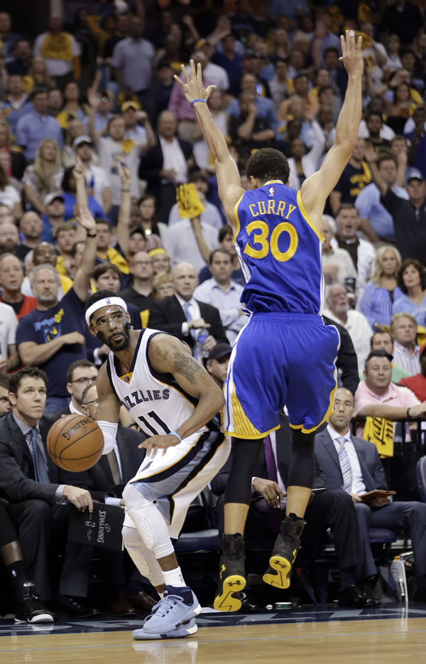 """<div class=""""meta image-caption""""><div class=""""origin-logo origin-image none""""><span>none</span></div><span class=""""caption-text"""">Warriors guard Stephen Curry attempts to stop Grizzlies guard Mike Conley during Game 6 of the Western Conference Semifinals on Friday, May 15, 2015 in Memphis, Tenn. (AP Photo/Mark Humphrey)</span></div>"""
