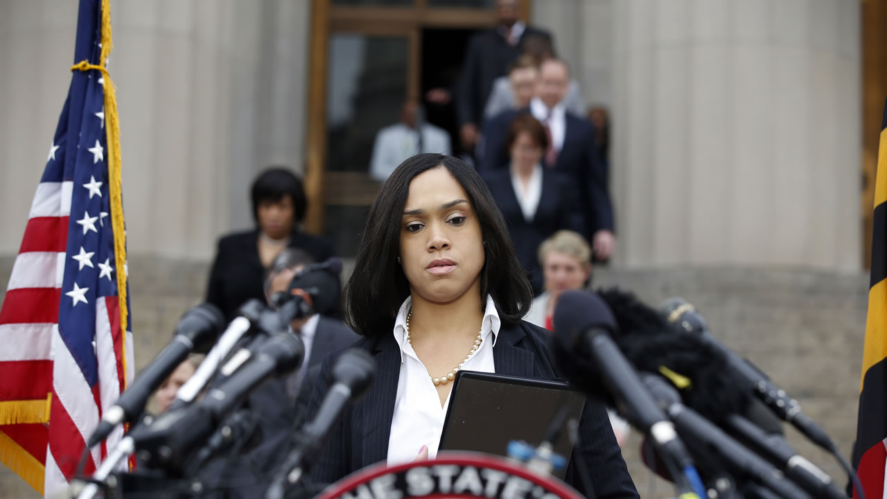 Marilyn Mosby, Baltimore state's attorney, approaches the podium to speak at a media availability, Friday, May 1, 2015 in Baltimore.