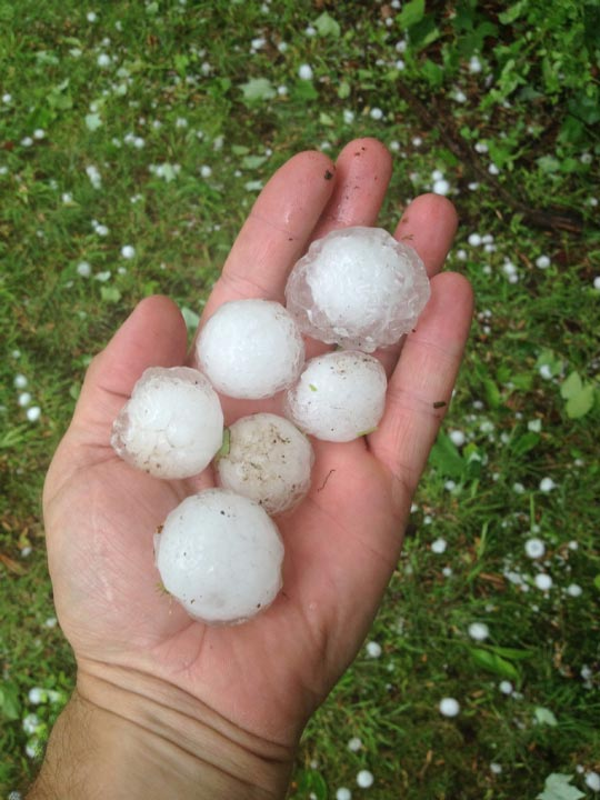 """<div class=""""meta image-caption""""><div class=""""origin-logo origin-image """"><span></span></div><span class=""""caption-text"""">Action News viewer Mike O' Donnell sent in this photo of hail in Garnet Valley, Pa. on May 22, 2014</span></div>"""