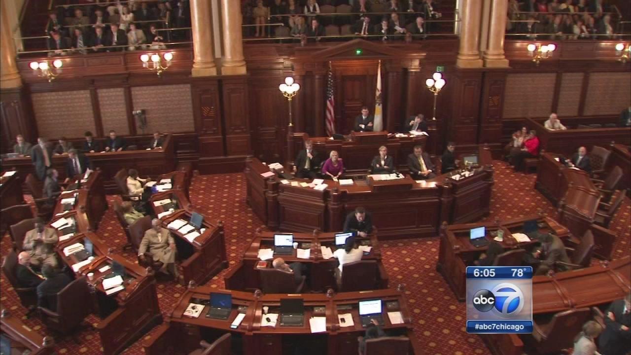 Madigan says Dems to pass Illinois budget for Gov. Rauner to balance