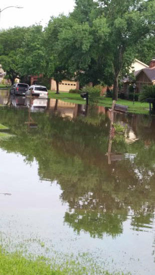 "<div class=""meta image-caption""><div class=""origin-logo origin-image none""><span>none</span></div><span class=""caption-text"">Viewer photos sent in of flooding across Houston.   Send your photos to us at news@abc13.com or post them using #abc13eyewitness (Photo/iWitness Reports)</span></div>"