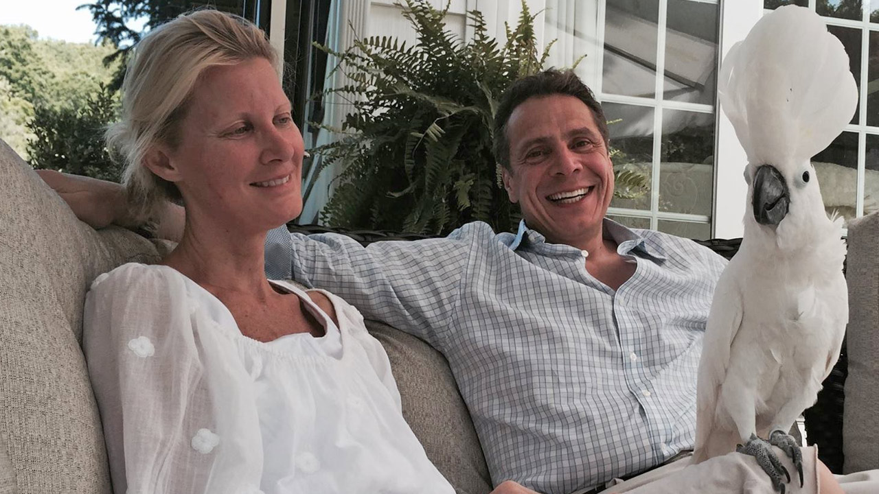 Celebrity chef Sandra Lee returned home with her boyfriend, New York Gov. Andrew Cuomo, on Monday, May 25, 2015 following breast cancer surgery.