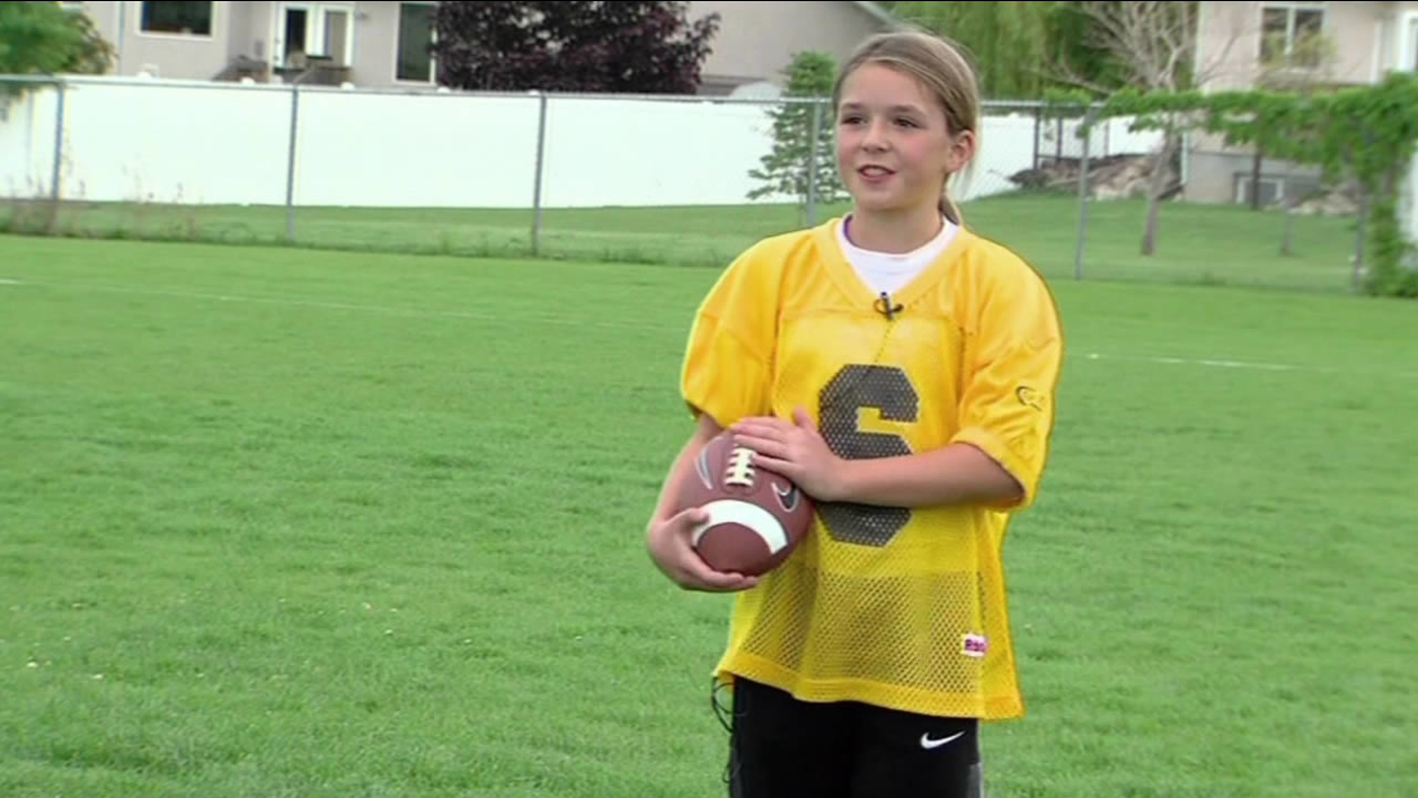 First Known All Girls Tackle Football League In The Country Kicks