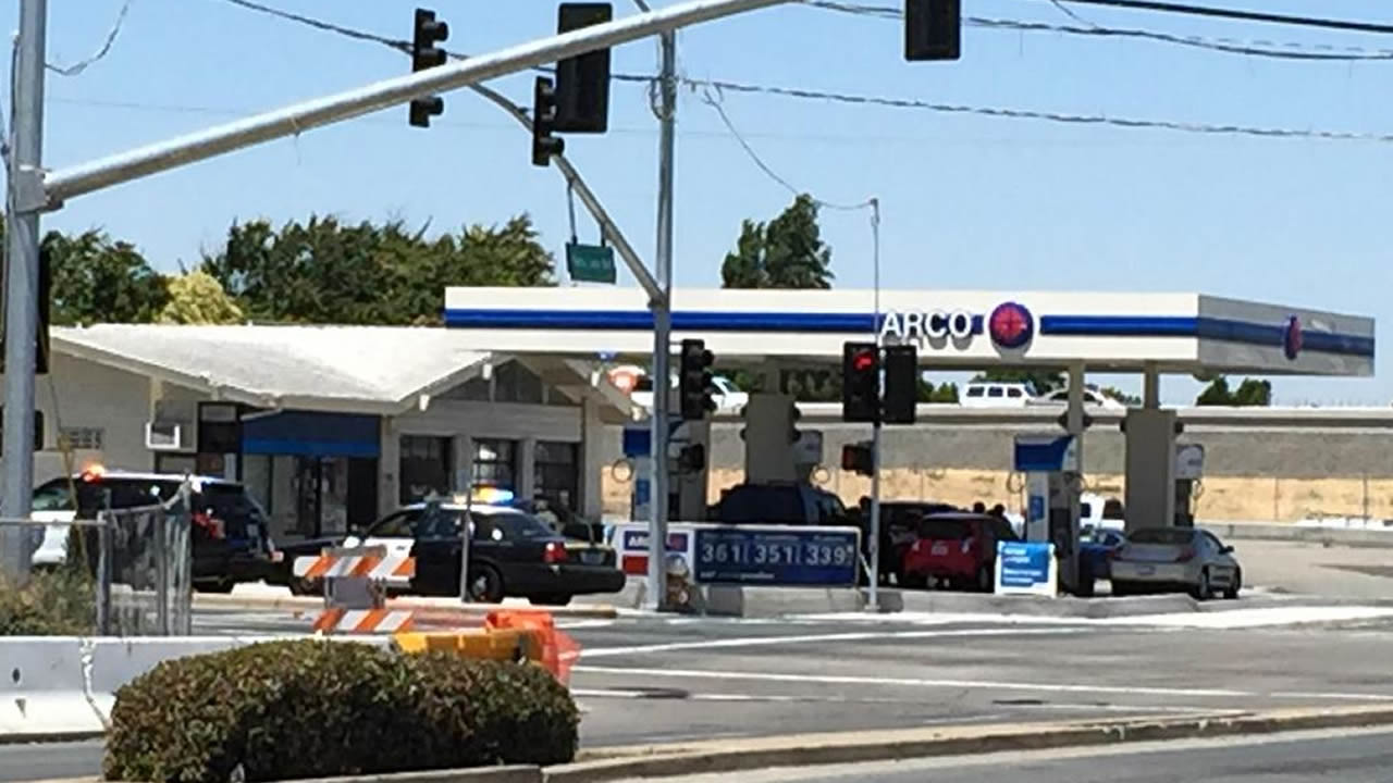 "<div class=""meta image-caption""><div class=""origin-logo origin-image none""><span>none</span></div><span class=""caption-text"">Multiple agencies assisted in a hostage situation at an ARCO gas station in Antioch, Calif. on May 27, 2015. (KGO-TV/David Louie)</span></div>"