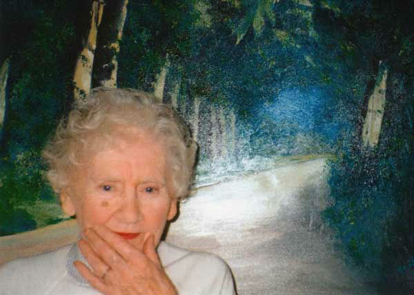 "<div class=""meta image-caption""><div class=""origin-logo origin-image ""><span></span></div><span class=""caption-text"">Author Ida Pollock wrote more than 120 books, was believed to be the world's oldest romantic novelist, died at the age of 105. (AP Photo/ Uncredited)</span></div>"
