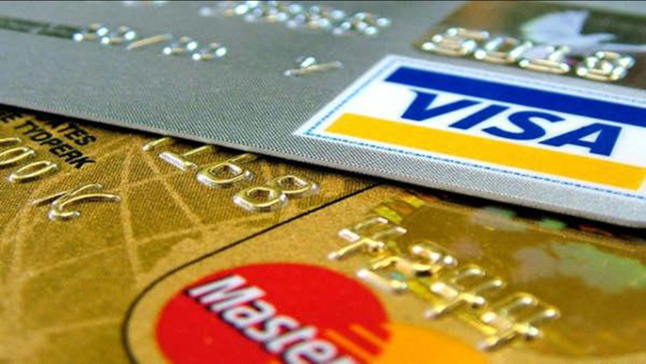 Visa, MasterCard renew push for secure chip cards in effort