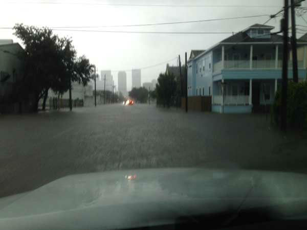 """<div class=""""meta image-caption""""><div class=""""origin-logo origin-image none""""><span>none</span></div><span class=""""caption-text"""">The heavy rain is causing flooding on Elgin Street in downtown Houston. If you have photos, email them to news@abc13.com or upload them using #abc13eyewitness (Linh Nguyen/Photo)</span></div>"""