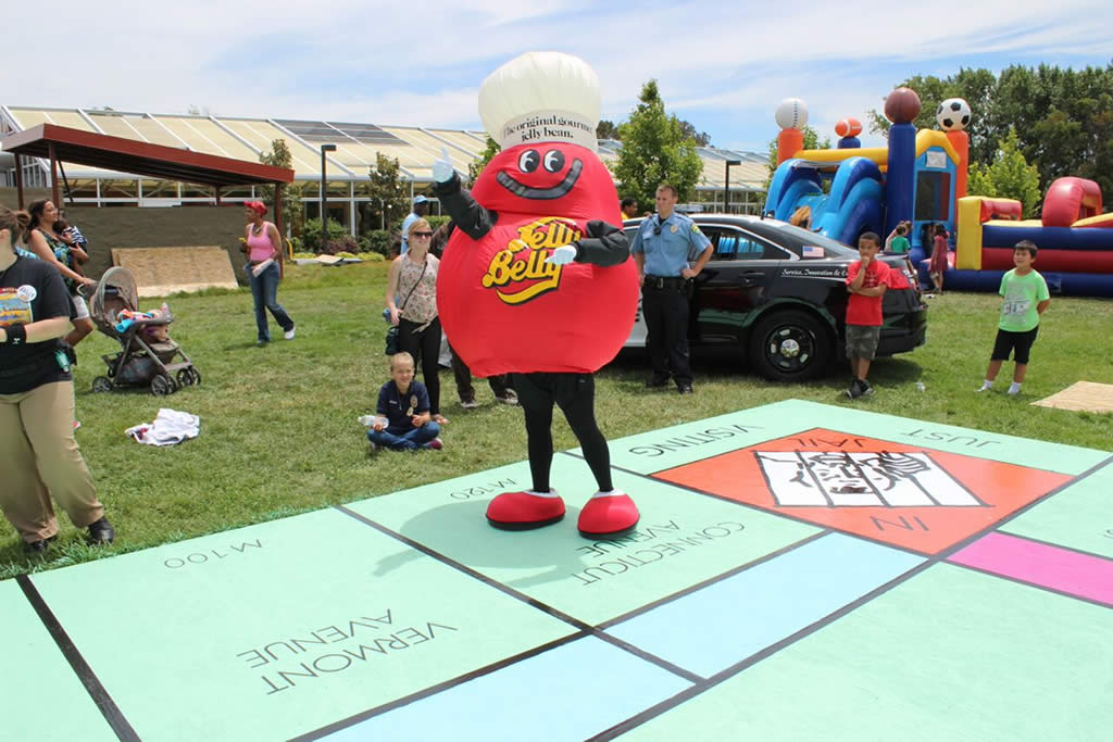 "<div class=""meta image-caption""><div class=""origin-logo origin-image none""><span>none</span></div><span class=""caption-text"">Supporters of the Salvation Army Ray and Joan Kroc Center in Suisun City, Calif. attempted to build the world's largest Monopoly game board on May 30, 2015. (KGO-TV)</span></div>"