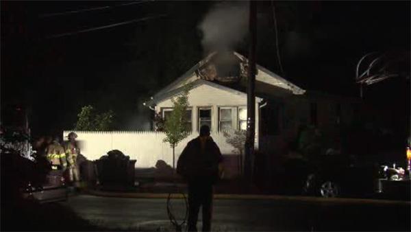 2 injured in 2-alarm blaze in Pleasantville, N.J.