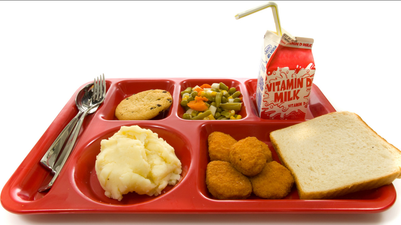 colorado elementary school kitchen manager fired for giving free