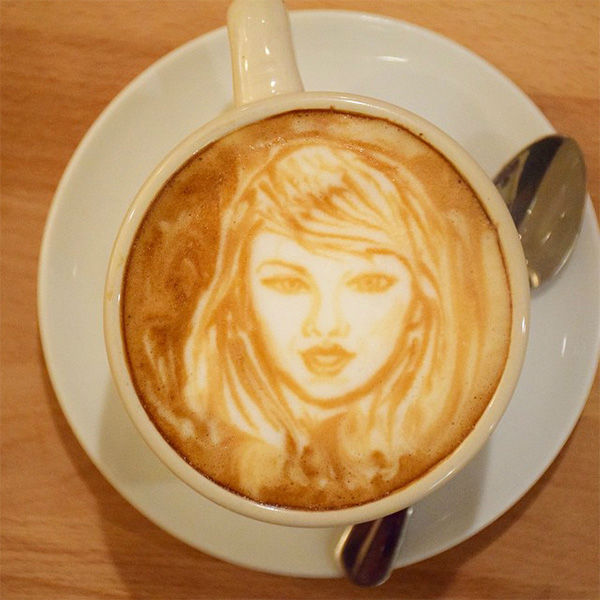 "<div class=""meta image-caption""><div class=""origin-logo origin-image none""><span>none</span></div><span class=""caption-text"">Taylor Swift: ""Drink it off."" (@baristart/Instagram)</span></div>"