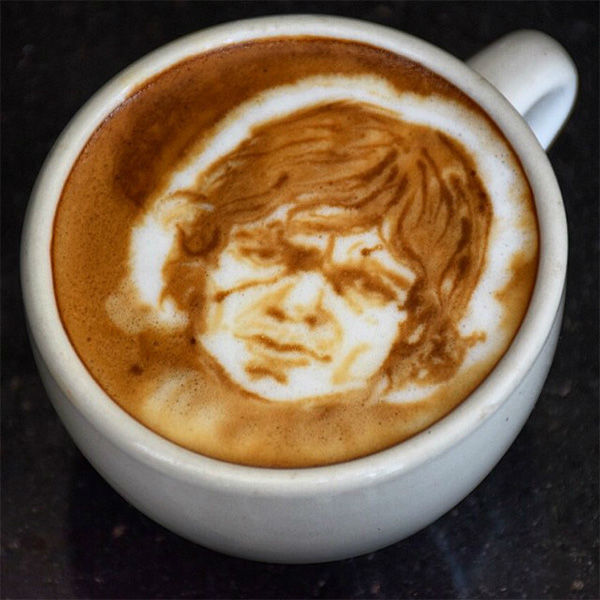 """<div class=""""meta image-caption""""><div class=""""origin-logo origin-image none""""><span>none</span></div><span class=""""caption-text"""">Peter Dinklage: """"Tyrion of Coffee House Lannister from the Game of Foams."""" (@baristart/Instagram)</span></div>"""