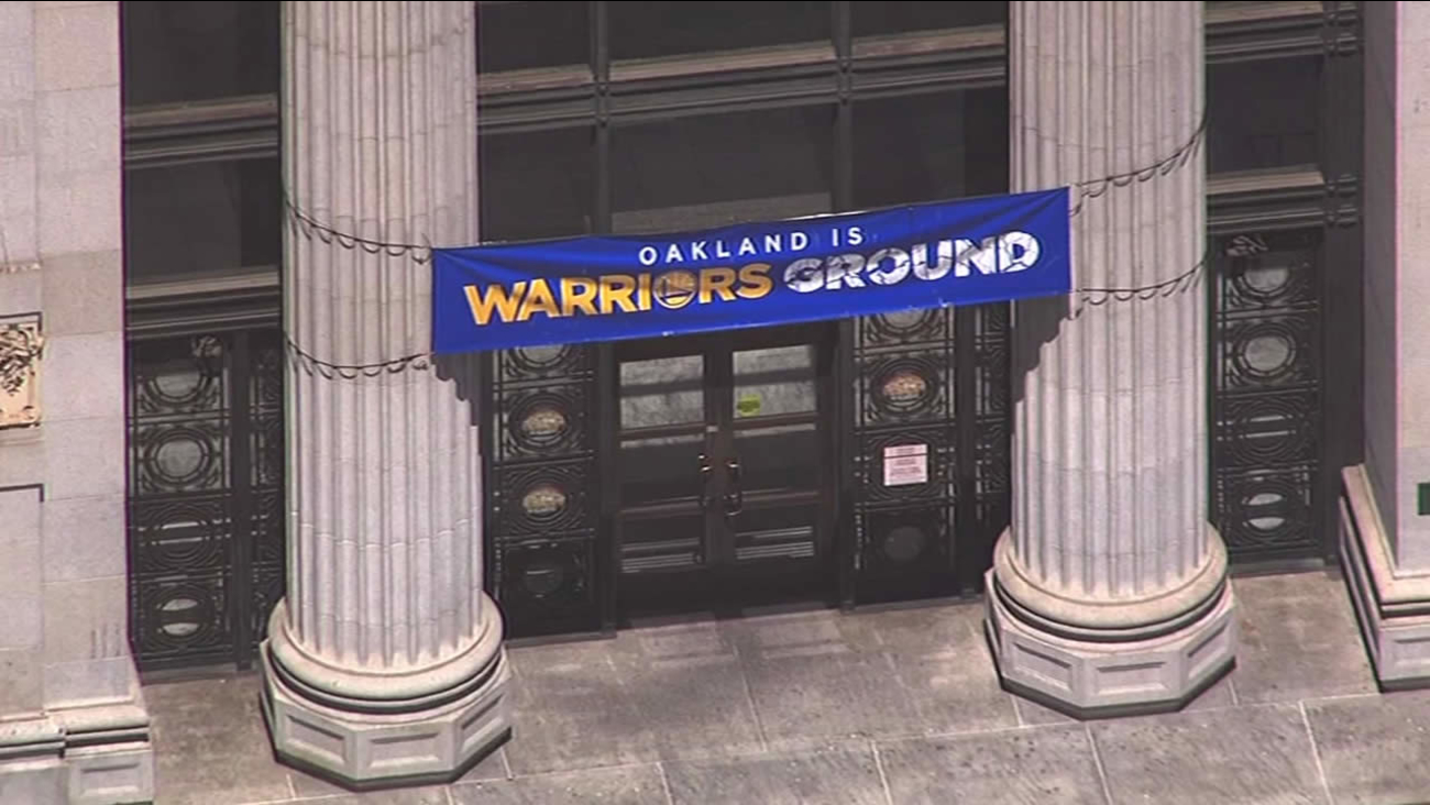 A sign supporting the Golden State Warriors is seen at Oakland City Hall on June 3, 2015.