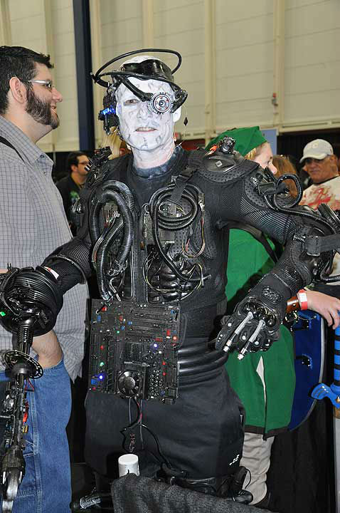 """<div class=""""meta image-caption""""><div class=""""origin-logo origin-image """"><span></span></div><span class=""""caption-text"""">Comicpalooza brought fans of all varieties to the George R Brown Convention Center, May 23-26, 2014 (KTRK Photo)</span></div>"""