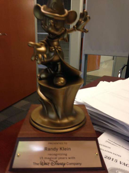 """<div class=""""meta image-caption""""><div class=""""origin-logo origin-image none""""><span>none</span></div><span class=""""caption-text"""">Web manager received this award for his 15 years with the company (KTRK Photo)</span></div>"""