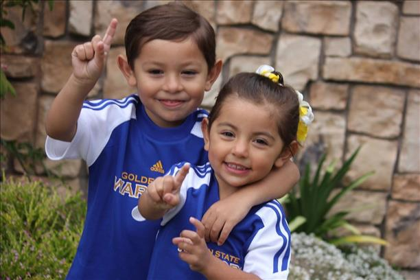 "<div class=""meta image-caption""><div class=""origin-logo origin-image none""><span>none</span></div><span class=""caption-text"">Grandkids, Robby, 4, and Isabella, 3. The 2 know Warriors are #1! Let's go Dubs! Tag your photos on Facebook, Twitter, Google Plus or Instagram using #DubsOn7. (Photo submitted to KGO-TV by Robert Frey/uReport)</span></div>"