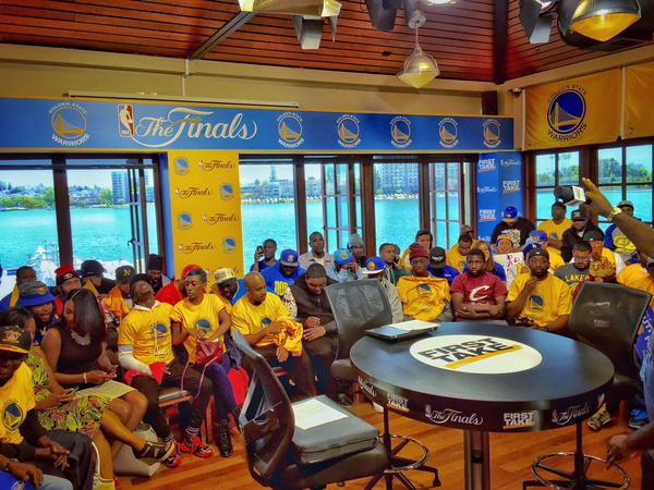 "<div class=""meta image-caption""><div class=""origin-logo origin-image none""><span>none</span></div><span class=""caption-text"">These lucky Warriors fans got to sit in on an ESPN live broadcast ahead of Game 1 of the NBA Playoff Finals against the Cavaliers, June 4, 2015. (KGO-TV)</span></div>"