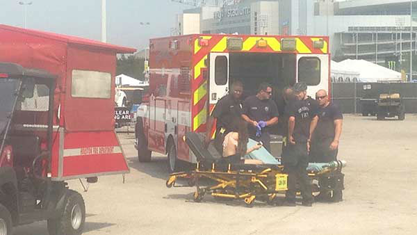 """<div class=""""meta image-caption""""><div class=""""origin-logo origin-image none""""><span>none</span></div><span class=""""caption-text"""">On Saturday, June 5, 2015 at least 50 people were treated for heat-related illnesses. (Kaitlyn McCulley/KTRK)</span></div>"""