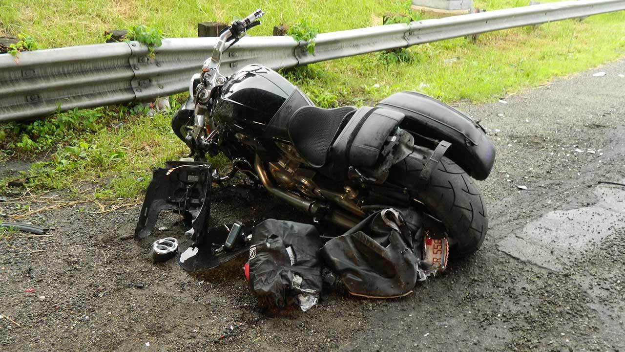 Addison Man 47 Breaks Leg In Indiana Motorcycle Crash Abc7 Chicago