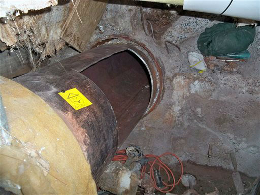 """<div class=""""meta image-caption""""><div class=""""origin-logo origin-image none""""><span>none</span></div><span class=""""caption-text"""">This photo provided by New York State Governor's office shows the area where two convicted murderers used power tools to cut through steel pipes, and leave a note. (AP Photo/ Darren McGee)</span></div>"""