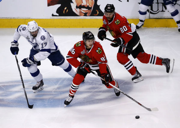 """<div class=""""meta image-caption""""><div class=""""origin-logo origin-image none""""><span>none</span></div><span class=""""caption-text"""">Chicago Blackhawks' Teuvo Teravainen handles the puck during the first period in Game 3 of the NHL hockey Stanley Cup Final on Monday, June 8, 2015, in Chicago. (AP Photo/ Charles Rex Arbogast)</span></div>"""