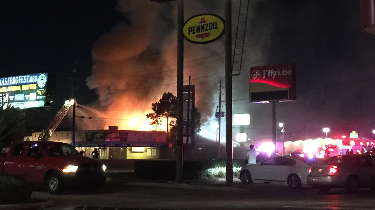 Fire at Molly's Pub