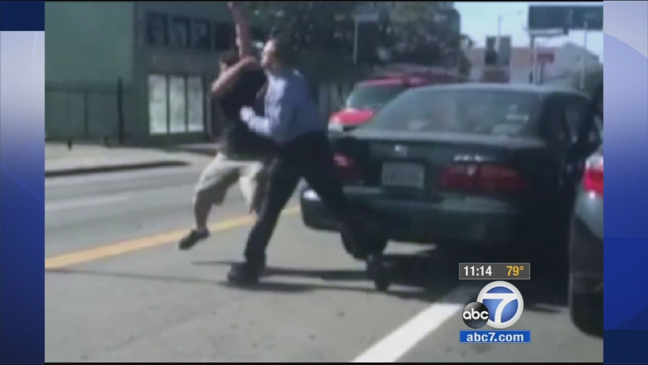Drivers Get In Fist Fight In Apparent Road Rage Incident In Hollywood