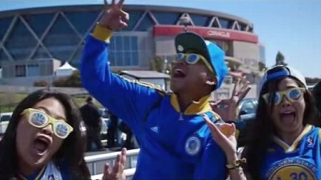 "Golden State Warriors fans are seen in the video ""Splash"" by Ron Lennon and J.Wells."