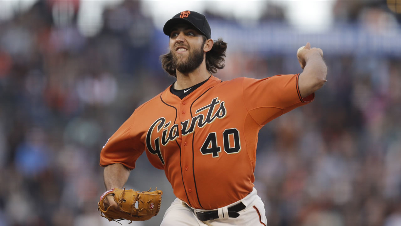 San Francisco Giants' Madison Bumgarner works against the Arizona Diamondbacks in the first inning of a baseball game Friday, June 12, 2015, in San Francisco.