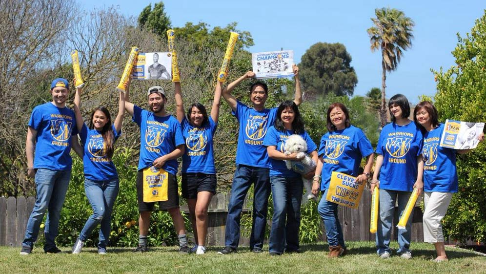 <div class='meta'><div class='origin-logo' data-origin='none'></div><span class='caption-text' data-credit='Photo submitted to KGO-TV by Carol Agana/Twitter'>This East Bay family ready for a Warriors win! Tag your photos on Facebook, Twitter, Google Plus or Instagram using #DubsOn7.</span></div>