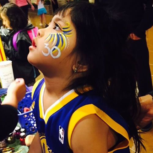 <div class='meta'><div class='origin-logo' data-origin='none'></div><span class='caption-text' data-credit='Photo submitted to KGO-TV by sweeteepie15/Instagram'>We're loving the Steph Curry-themed face paint! Tag your photos on Facebook, Twitter, Google Plus or Instagram using #DubsOn7.</span></div>