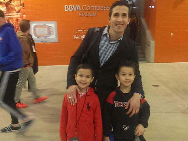 "<div class=""meta image-caption""><div class=""origin-logo origin-image none""><span>none</span></div><span class=""caption-text"">David Nuno with his two sons at a Dynamo game (KTRK Photo)</span></div>"