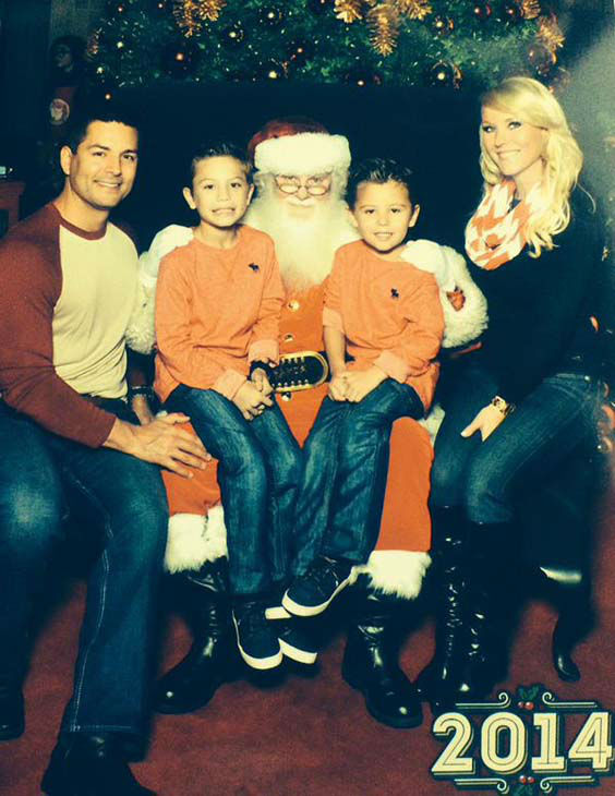 "<div class=""meta image-caption""><div class=""origin-logo origin-image none""><span>none</span></div><span class=""caption-text"">Erik Barajas and his family sitting on Santa's lap (KTRK Photo)</span></div>"