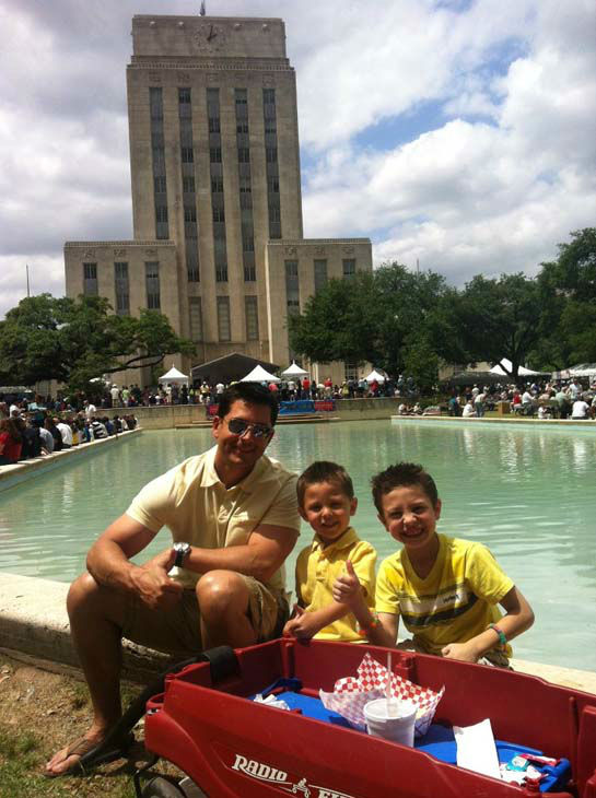 "<div class=""meta image-caption""><div class=""origin-logo origin-image none""><span>none</span></div><span class=""caption-text"">Erik Barajas with his two sons (KTRK Photo)</span></div>"