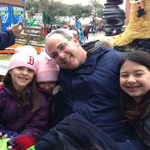 "<div class=""meta image-caption""><div class=""origin-logo origin-image none""><span>none</span></div><span class=""caption-text"">Kevin Quinn with his three daughters (KTRK Photo)</span></div>"